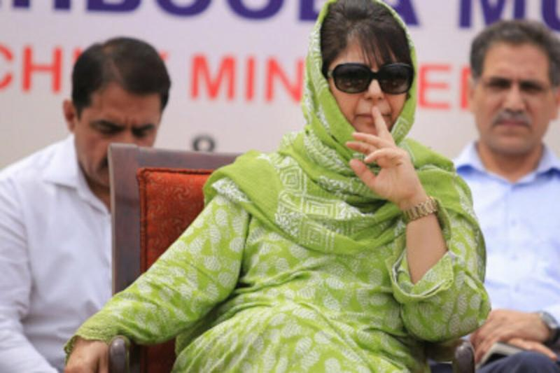 News18 Evening Digest: Former J&K CM Mehbooba Mufti's Detention under PSA Extended by 3 Months & Other Top Stories