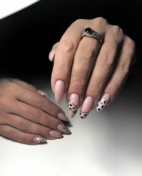 "<p>The secret to these intricate animal print nails: <a href=""https://www.amazon.com/Sally-Hansen-Creating-Radiant-without/dp/B00H0E28TA/ref=sr_1_2?keywords=nail+art+pen&qid=1578076079&sr=8-2"" rel=""nofollow noopener"" target=""_blank"" data-ylk=""slk:a nail art pen"" class=""link rapid-noclick-resp"">a nail art pen</a>. You're welcome.</p><p><a href=""https://www.instagram.com/p/B63glm7JxCg/?utm_source=ig_embed&utm_campaign=loading"" rel=""nofollow noopener"" target=""_blank"" data-ylk=""slk:See the original post on Instagram"" class=""link rapid-noclick-resp"">See the original post on Instagram</a></p>"
