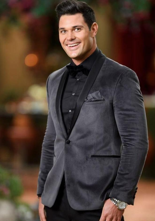 Apollo has revealed he lost half his body weight before appearing on The Bachelorette. Source: Channel 10