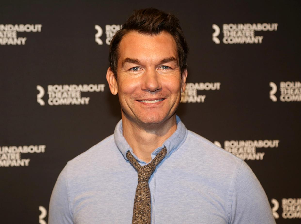 NEW YORK, NEW YORK - DECEMBER 05: Jerry O'Connell poses at a photo call for the upcoming play