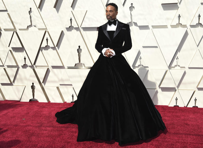 Billy Porter's Oscars tuxedo dress turns heads, sparks social media frenzy