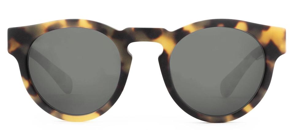 """<p><span>Westward Leaning Voyager 04</span> ($185) </p> <p>""""Classic shades never go out of style and Westward Leaning's handcrafted frames mean they'll last for years, so you can rest-assured this is a gift they'll hang onto - and wear on repeat."""" - HWM </p>"""