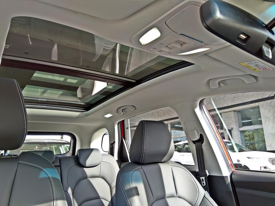 The seats are big and three passengers at the back is no issue. You can even recline it. The legroom is massive and so is the shoulder-room. Thigh support is good too plus the massive panoramic sunroof adds to the overall space.