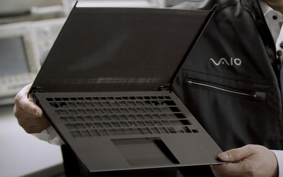 Vaio Z Chassis