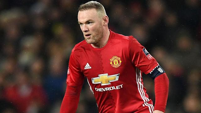 <p><strong>Total career travel: 392,615 km</strong></p> <br><p>Creeping into the top ten is Manchester United and England skipper Wayne Rooney. </p> <br><p>Despite not being able to hold down a first team spot for neither club nor country anymore, the forward's many years in the top flight easily put the former Everton academy graduate in the upper echelon of well-travelled footballers. </p>