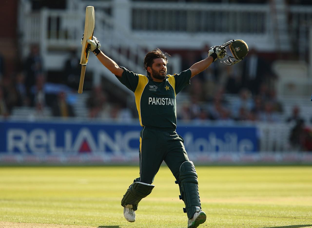 LONDON, ENGLAND - JUNE 21:  Shahid Afridi of Pakistan celebrates his team's victory at the end of the ICC World Twenty20 Final between Pakistan and Sri Lanka at Lord's on June 21, 2009 in London, England.  (Photo by Richard Heathcote/Getty Images)