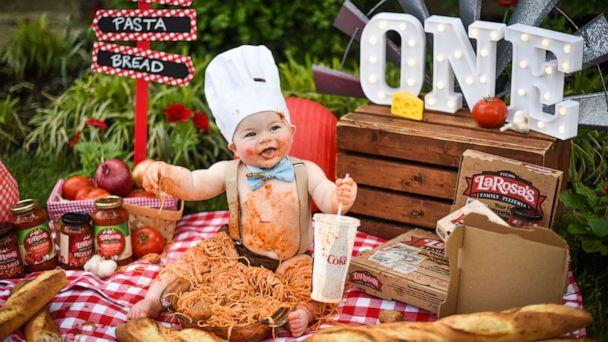PHOTO: A toddler named Ira dove into a big bowl of spaghetti to celebrate his first birthday. Mom Becky Thaxton of Florence, Kentucky, and Kristina Herman of K Herman Photography came up with the unique idea. (K Herman Photography)