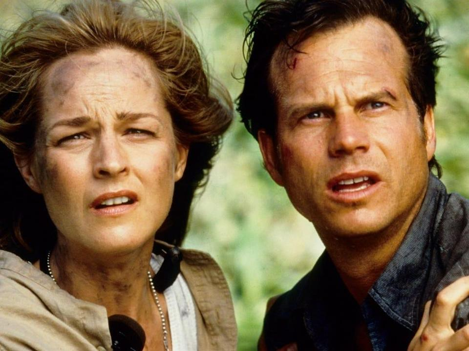 Helen Hunt and Bill Paxton staring.