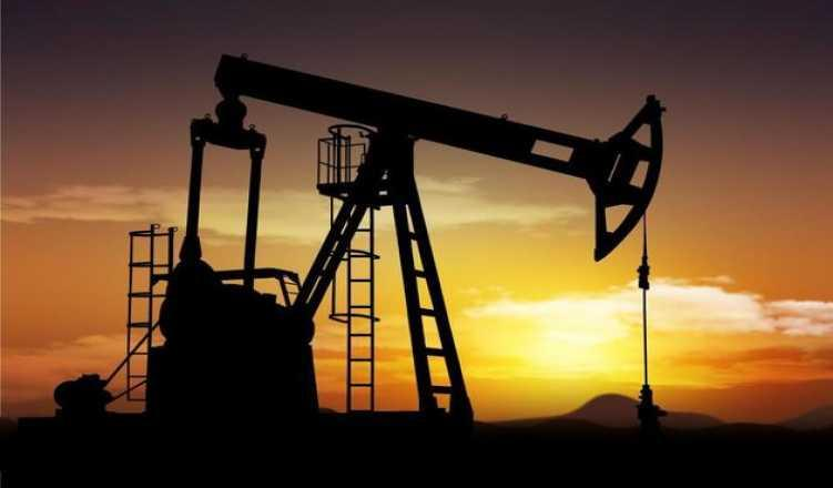 Brent Oil Prices Rise Above $60, Buoyed By US Stock Drawdown