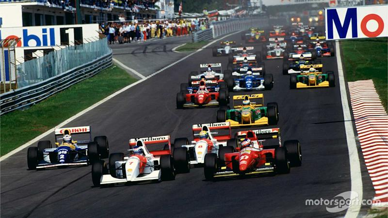Mika Hakkinen takes the lead at Portuguese GP 1993