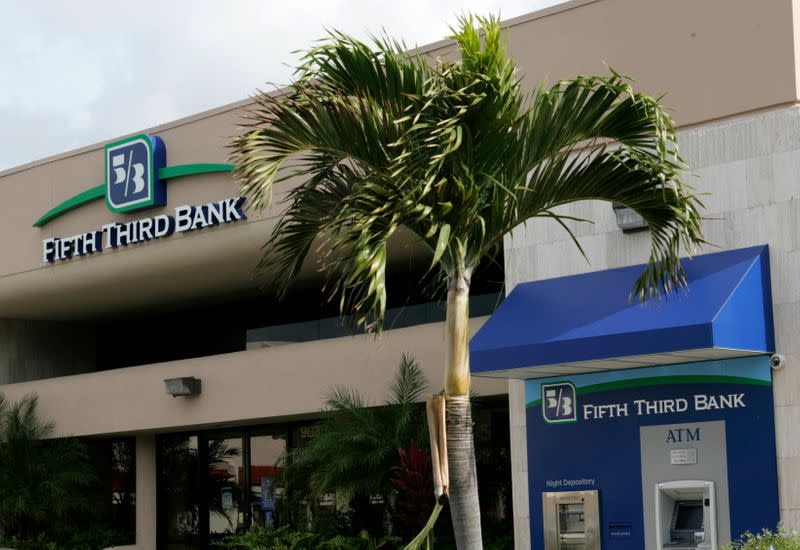 U.S. consumer watchdog charges Fifth Third Bank on opening phony accounts