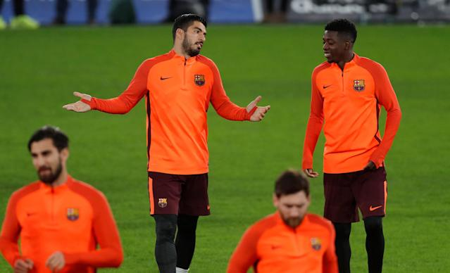 Soccer Football - Champions League - FC Barcelona Training - Stamford Bridge, London, Britain - February 19, 2018 Barcelona's Luis Suarez and Ousmane Dembele during training Action Images via Reuters/Matthew Childs