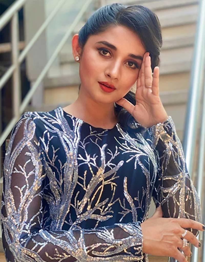 Kanika Mann Of Guddan Tumse Na Ho Payega Fame Spills The Beans On Her  Fashion Game; Actress Says, 'I Love To Experiment'- EXCLUSIVE