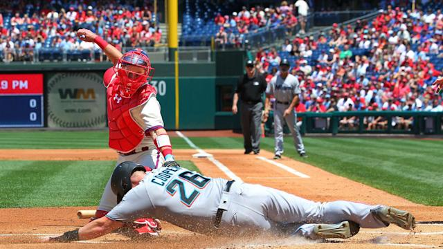 MLB wrap: Marlins complete sweep, hand Phillies 7th consecutive loss
