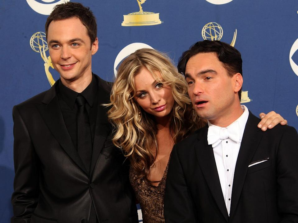 jim parsons kaley cuoco johnny galecki big bang theory 2009