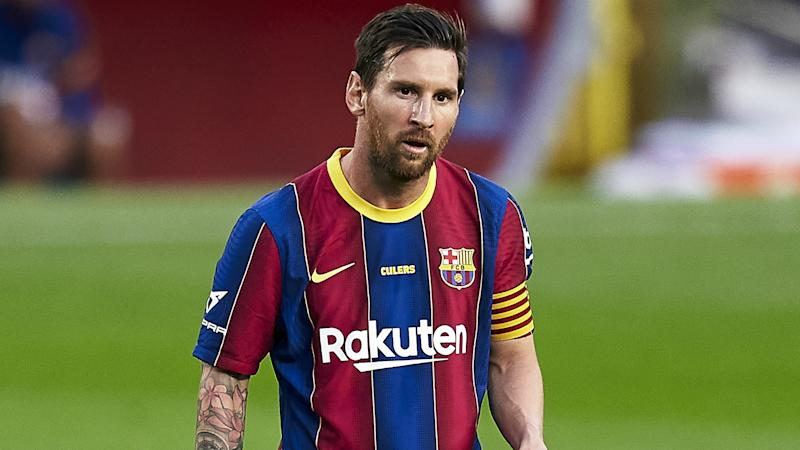 Messi? I crossed my fingers that he would stay at Barca – Roberto