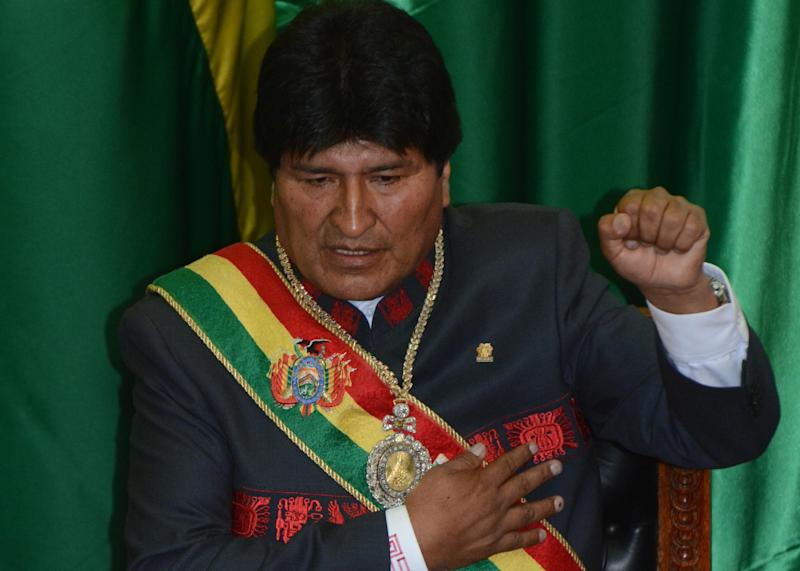 Bolivian reelected President Evo Morales is sworn in for a third mandate, at the National Congress in La Paz on January 22, 2015 (AFP Photo/Javier Mamani)