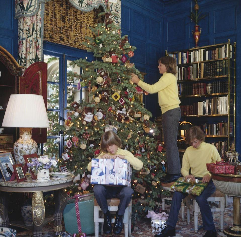 <p>The sons of millionaire oil tycoon Gordon Getty dressed in matching ensembles for the holidays in 1979. Andrew, Billy and John Getty donned dark pants, black oxfords and yellow cashmere turtleneck. </p>