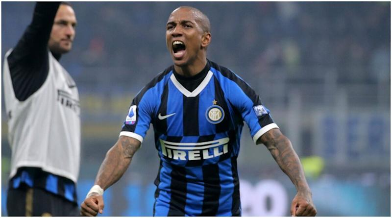 Ashley Young, Inter Milan Defender Tests Positive for COVID-19, to Miss Next Week's Milan Derby