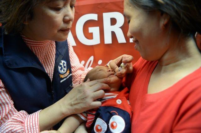 Philippines launches vaccine campaign as 2nd polio case emerges