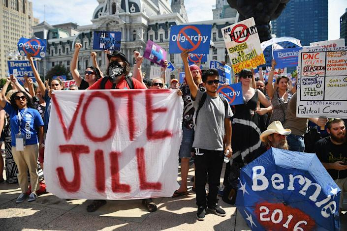 <p>Bernie Sanders supporters gather near City Hall on day three of the Democratic National Convention on July 27, 2016 in Philadelphia, Pa. (Photo: Jeff J Mitchell/Getty Images)</p>