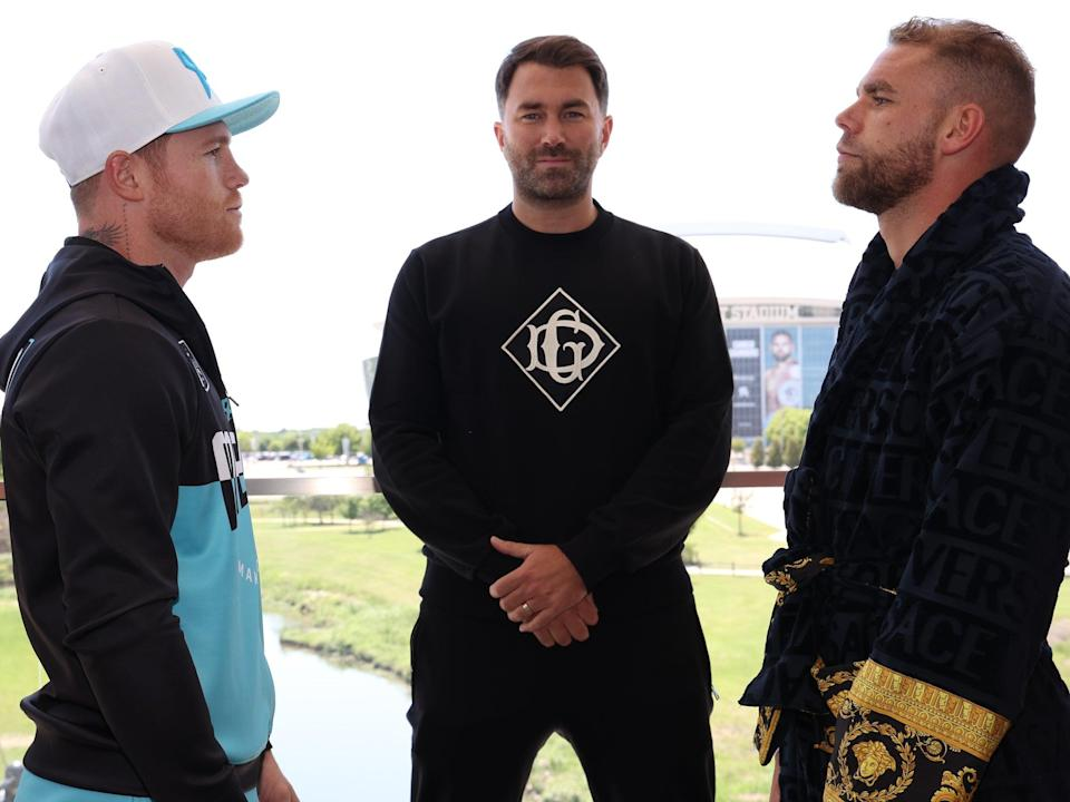 Canelo Alvarez and Billy Joe Saunders face off  (Ed Mulholland/Matchroom.)