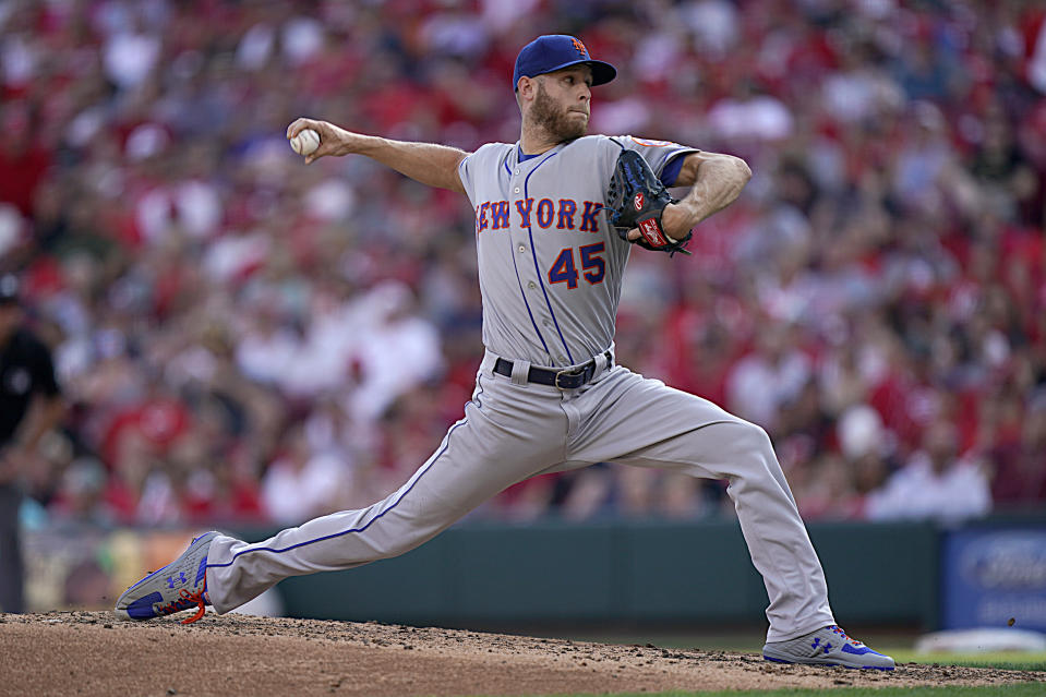 CINCINNATI, OHIO - SEPTEMBER 21: Zack Wheeler #45 of the New York Mets pitches during the game against the Cincinnati Reds at Great American Ball Park on September 21, 2019 in Cincinnati, Ohio. (Photo by Bryan Woolston/Getty Images)