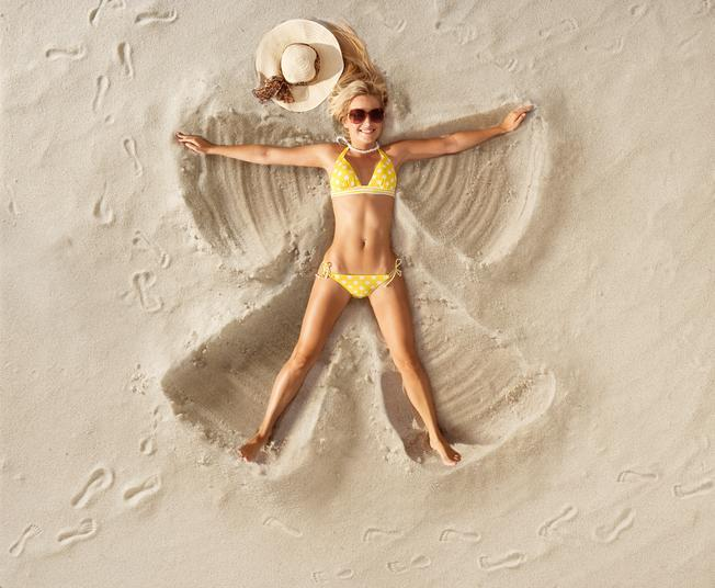 <p>The song 'Itsy Bitsy Teeny Weeny Yellow Polka Dot Bikini' tells the story about a young girl who is too shy to wear her new bikini on the beach, thinking it too risqué. </p>
