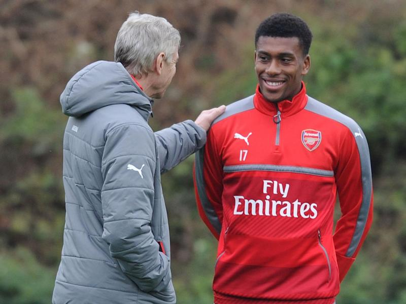 Iwobi has voiced his support for Wenger (Arsenal FC via Getty)