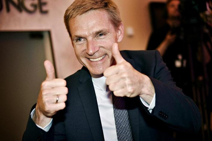 Danish People's Party leader Kristian Thulesen Dahl celebrates after the election in Copenhagen, on June 18, 2015 (AFP Photo/Linda Kastrup)