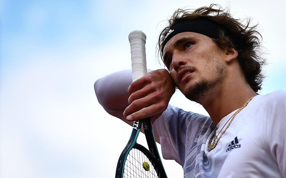 Alexander Zverev struggles as he experiences a 38-degree fever and heavy nasal congestion - AFP