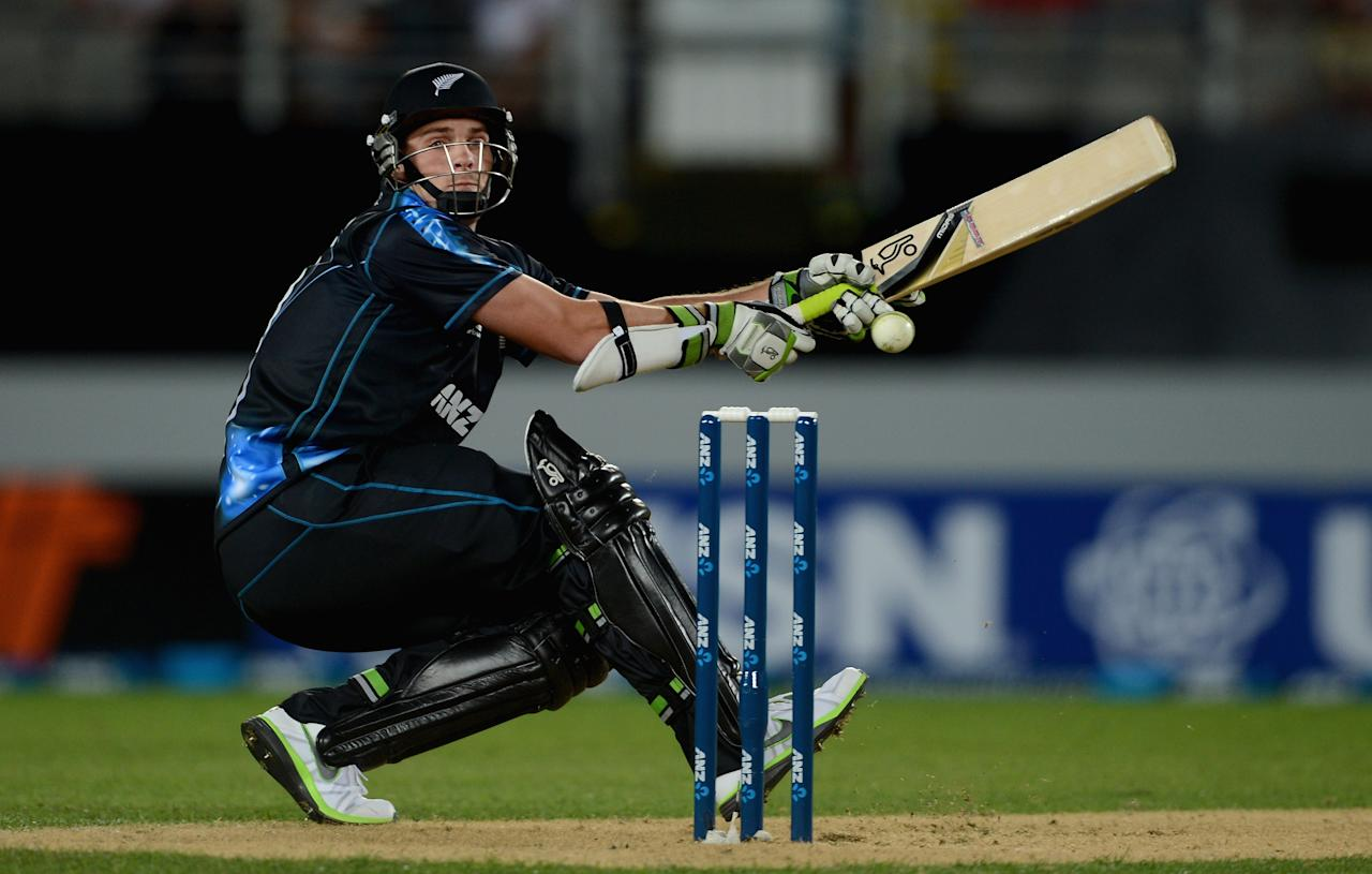 AUCKLAND, NEW ZEALAND - FEBRUARY 09:  Mitchell McClenaghan of New Zealand bats during the 1st T20 International between New Zealand and England at Eden Park on February 9, 2013 in Auckland, New Zealand.  (Photo by Gareth Copley/Getty Images)