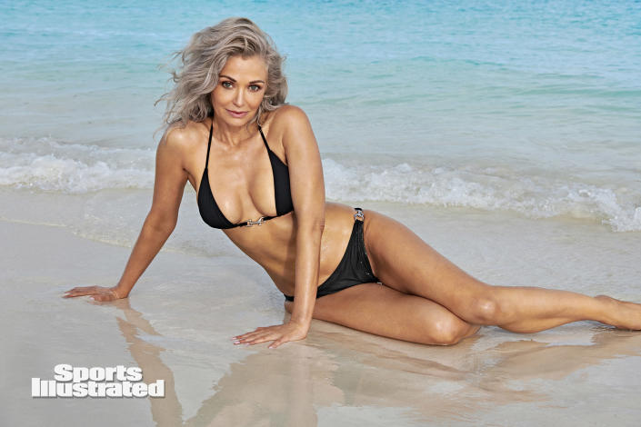Kathy Jacobs poses on a sandy beach for Sports Illustrated. (Yu Tsai / Sports Illustrated)