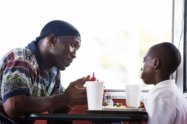 PHOTO: Mahershala Ali, left, and Alex Hibbert in a scene from, 'Moonlight.' (David Bornfriend/A24 via AP Photo)