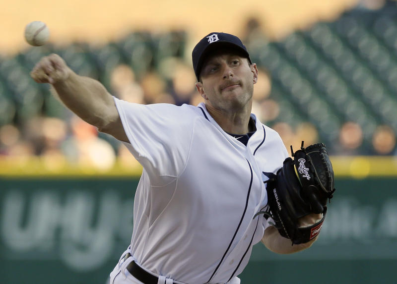 Scherzer breezes through 8, Tigers beat Rays 8-1