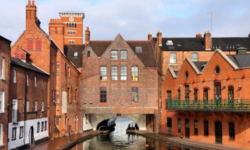 West Midlands canals to help heat hospitals in renewable energy drive