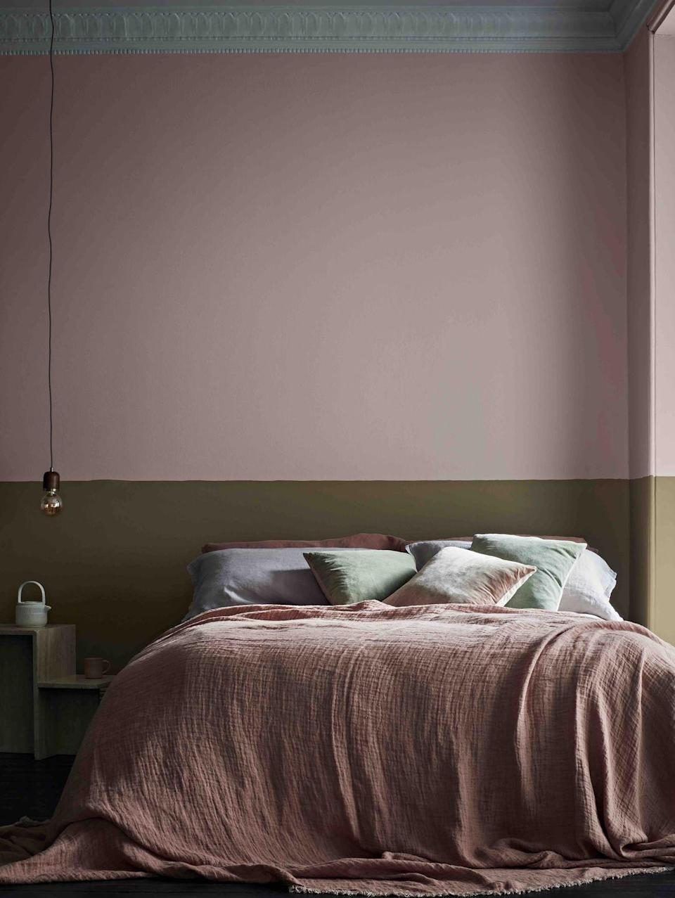 "<p>Introduce unexpected muddy tones to an otherwise pretty scheme for a sophisticated effect. The feminine '<a href=""https://www.crownpaints.co.uk/products/elle-decoration-by-crown/crafted---flat-matt/satin-lining-no.-415/18081"" rel=""nofollow noopener"" target=""_blank"" data-ylk=""slk:Satin Lining"" class=""link rapid-noclick-resp"">Satin Lining</a>' here is offset with a wraparound border of '<a href=""https://www.crownpaints.co.uk/products/elle-decoration-by-crown/botanical---flat-matt/go-green-no.-368/18078"" rel=""nofollow noopener"" target=""_blank"" data-ylk=""slk:Go Green"" class=""link rapid-noclick-resp"">Go Green</a>' and a painted ceiling rail in '<a href=""https://www.crownpaints.co.uk/products/elle-decoration-by-crown/drift---flat-matt/open-water-no.-217/18064"" rel=""nofollow noopener"" target=""_blank"" data-ylk=""slk:Open Water"" class=""link rapid-noclick-resp"">Open Water</a>', all from the ELLE Decoration by Crown collection</p>"