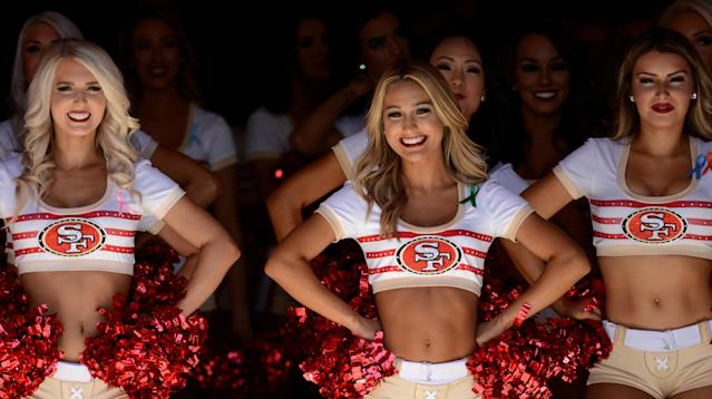 49ers Cheerleader Takes A Knee During National Anthem
