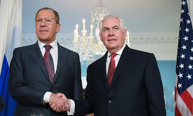 US Secretary of State Rex Tillerson (R) and Russian Foreign Minister Sergei Lavrov will meet over the weekend in the Philippines (AFP Photo/Mandel Ngan)