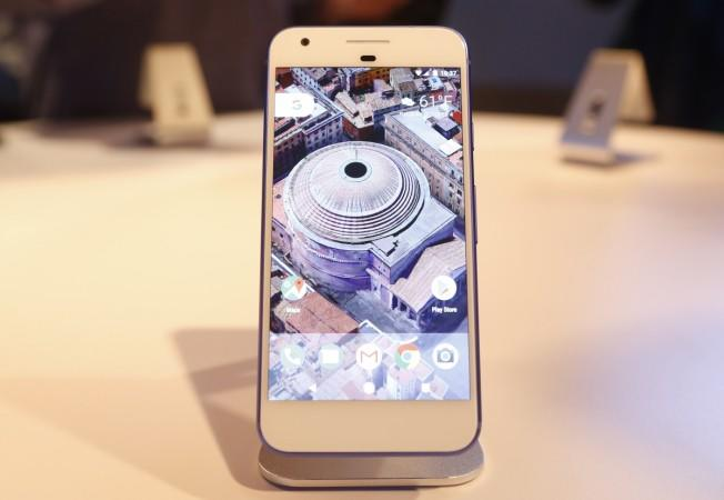 The Google Pixel phone is displayed