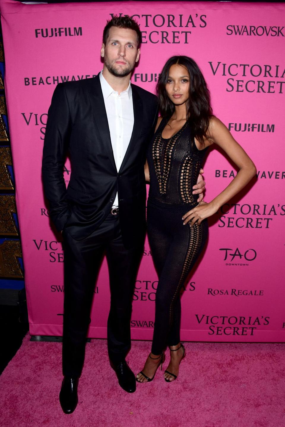 <p>NBA basketball player Jared is a worthy match of the statuesque Brazilian. The two have been seeing each other for a while but it appears their relationship is now long distance with Jared currently playing in Turkey. <i>[Photo: Getty]</i> </p>