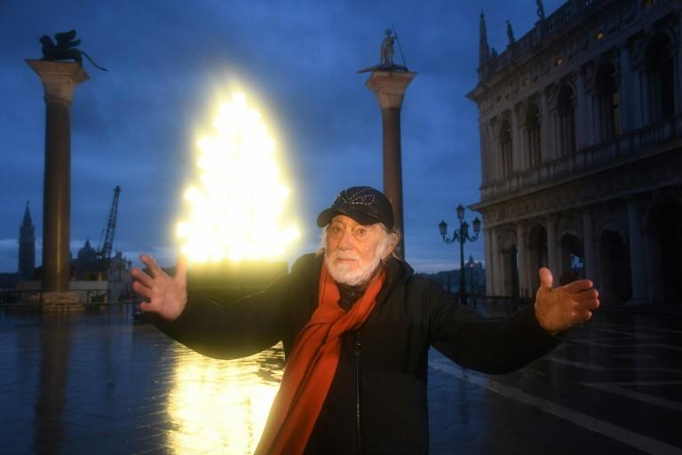 """""""My purpose is to light up this town,"""" artist Fabrizio Plessi told AFPTV"""
