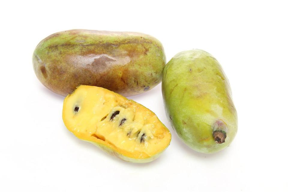 "<p>Native to the eastern U.S. from Florida all the way up to Canada, pawpaw fruit has a custard-like yellow flesh comparable to a banana mixed with a mango. Pawpaws bruise easily and <a href=""https://www.thedailymeal.com/cook/ways-make-your-food-last-longer-gallery?referrer=yahoo&category=beauty_food&include_utm=1&utm_medium=referral&utm_source=yahoo&utm_campaign=feed"" rel=""nofollow noopener"" target=""_blank"" data-ylk=""slk:have a short shelf life"" class=""link rapid-noclick-resp"">have a short shelf life</a> but they're celebrated in West Virginia, where locals use the fruit in jellies, jams, ice cream, beer, moonshine and, of course, pie.</p>"