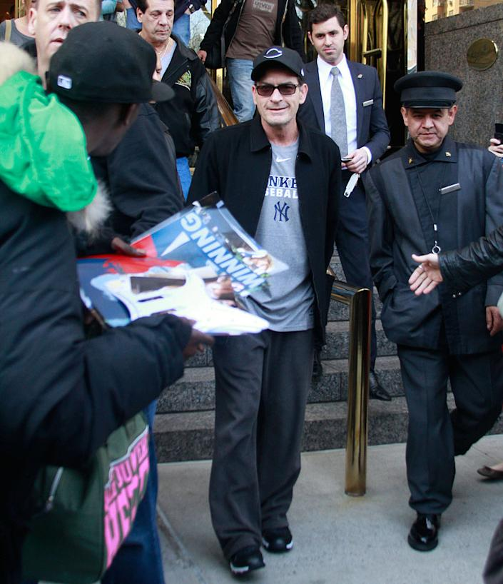 Charlie Sheen encounters fans as he leaves his hotel on April 9, 2011 in New York City. (Photo: Marcel Thomas/FilmMagic)