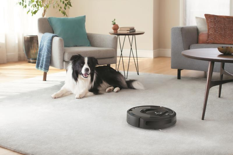 Even pets get a kick out of the iRobot Roomba. (Photo: Roomba)