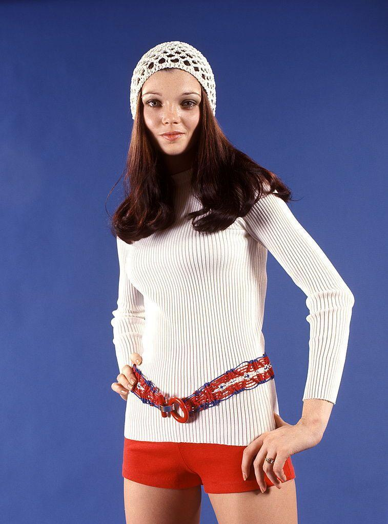 <p>These booty-hugging shorts were typically worn with boots that came to the knee or higher. Crochet belt optional, but encouraged. </p>