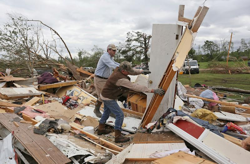 118 million at risk as severe storms, tornadoes forecast to again blast through central, southern U.S.
