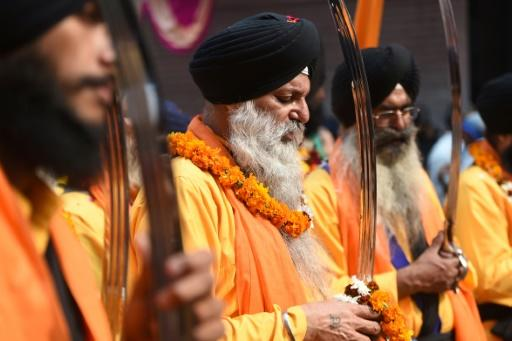 Sikhism is a monotheistic religion born in the 15th-century in Punjab ?- a region spanning parts of what is now India and Pakistan