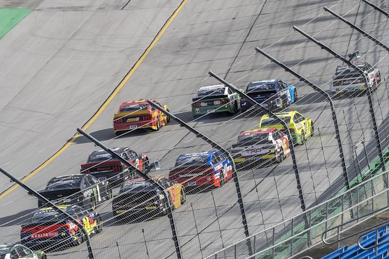 Custer snatches maiden NASCAR Cup win at Kentucky