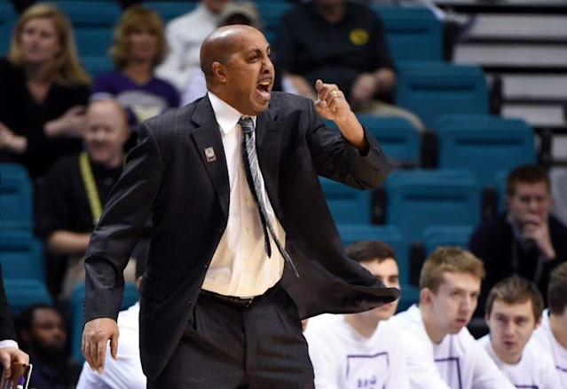 Lorenzo Romar's Huskies finished with just two conference wins this season despite having No. 1 NBA prospect Markelle Fultz. (Getty)